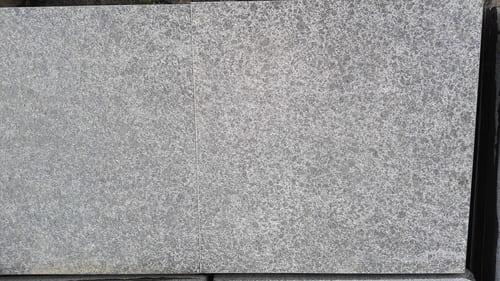 Bodenbeläge Terrassenplatten Bodenplatten Gartenplatten Basalt Natursteine Eckert Frankenhardt Gartengestalltung Schwäbisch Hall Crailsheim Gaildorf Ellwangen