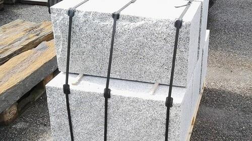 Sonderanfertigungen Quadersteine Blöcke Granit Natursteine Eckert Frankenhardt Gartengestalltung Schwäbisch Hall Crailsheim Gaildorf Ellwangen