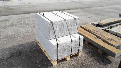 Sonderanfertigungen Quader Blöcke Granit gesägt Natursteine Eckert Frankenhardt Gartengestalltung Schwäbisch Hall Crailsheim Gaildorf Ellwangen