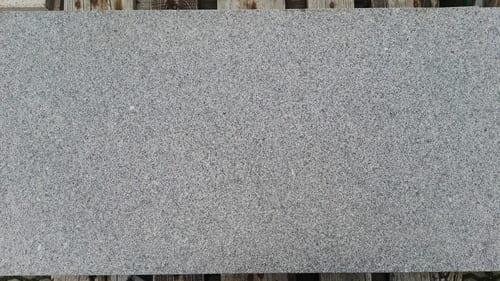 Bodenbeläge Terrassenplatten Bodenplatten Gartenplatten anthrazit Natursteine Eckert Frankenhardt Gartengestalltung Schwäbisch Hall Crailsheim Gaildorf Ellwangen