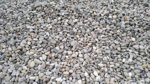 Steinbeet Kies 40-70 mm Eckert Natursteine