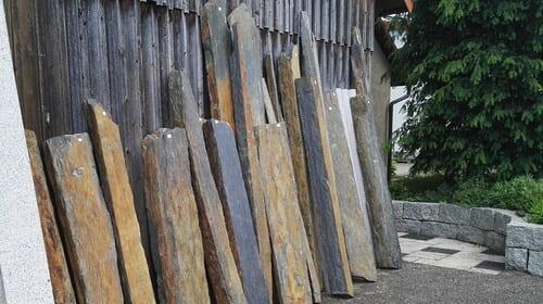 Sichtschutz Schiefer Monolith Stelen Stele Palisaden Natursteine Eckert Frankenhardt Gartengestalltung Schwäbisch Hall Crailsheim Gaildorf Ellwangen