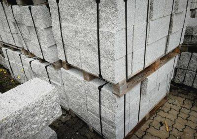 Trockenmauersteine Gartenmauer Blöcke Granit gesägt Natursteine Eckert Frankenhardt Gartengestalltung Schwäbisch Hall Crailsheim Gaildorf Ellwangen