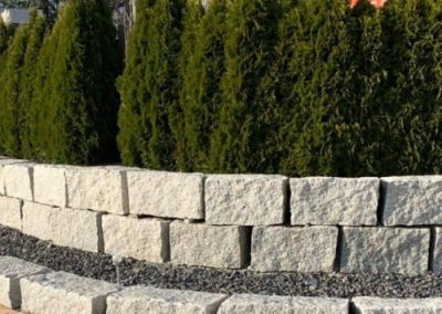 Trockenmauersteine Gartenmauer Quadersteine Blöcke Böschungssteine Granit Natursteine Eckert Frankenhardt Gartengestalltung Schwäbisch Hall Crailsheim Gaildorf Ellwangen